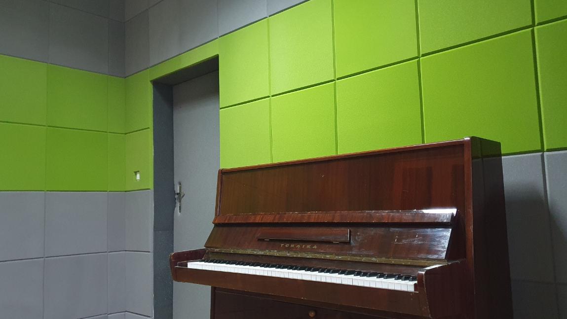 Panele akustyczne w Dworze Szeptyckich.