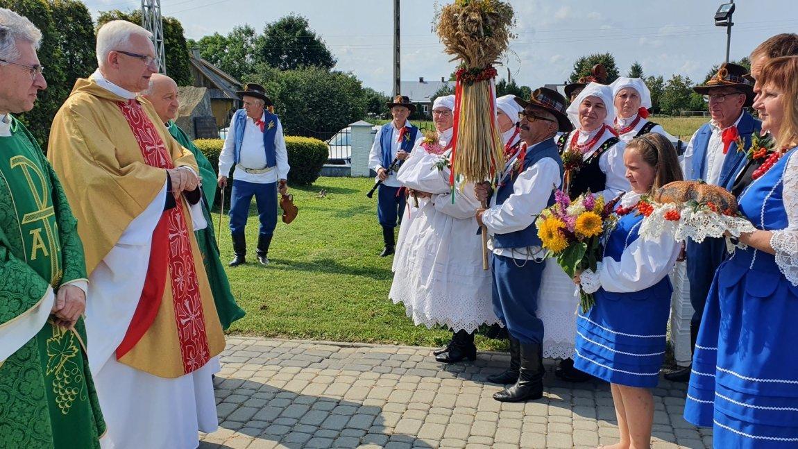 Święto plonów w Korczynie - Spornem